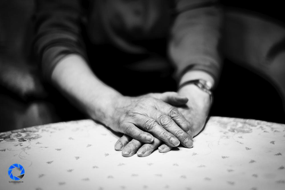 Omas Hände