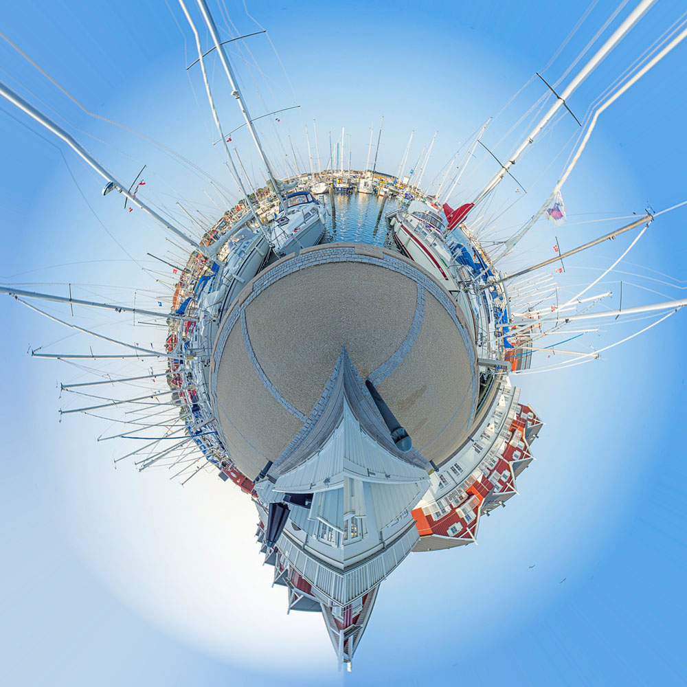 2014-08-01-Pano-LittlePlanet-10-images_1000x1000